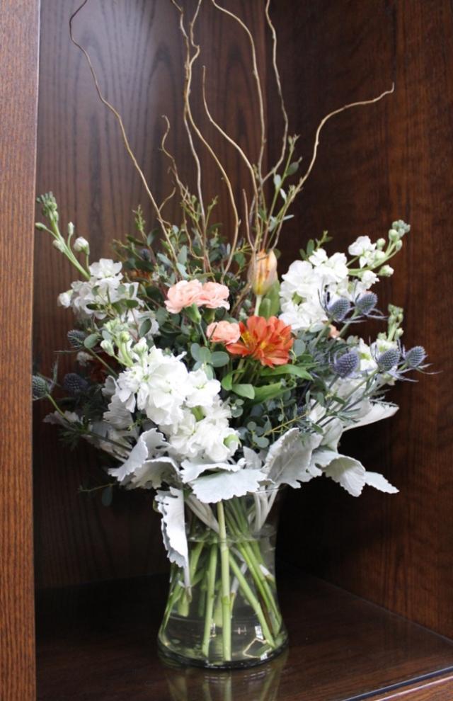 Kutzler bouquets, alcove (1 of 1)